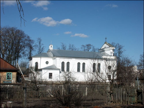 - Catholic church of the Assumption of the Blessed Virgin Mary. Side view