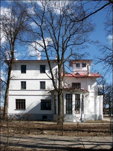 - Manor of Švykoŭski.