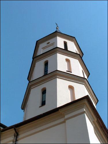 - Касцёл Святой Тройцы. Вежа-званіца