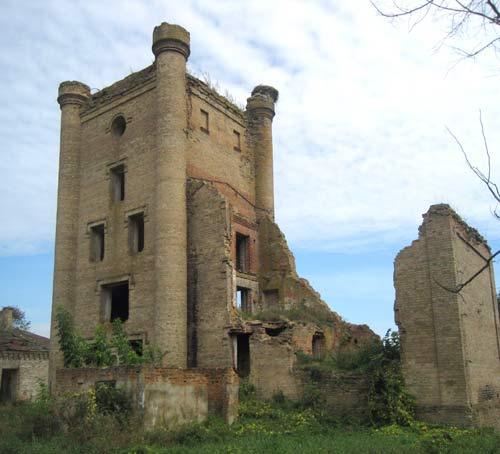 - Dwór Jastrzębskich. Ruiny gorzelni (koniec XIX wieku) w Borysowszczyznie