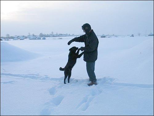 - We wsi . Sympatyczne psy