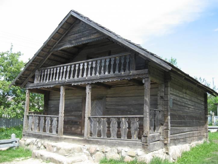 -  Гісторыка-культурны Музей-запаведнік.