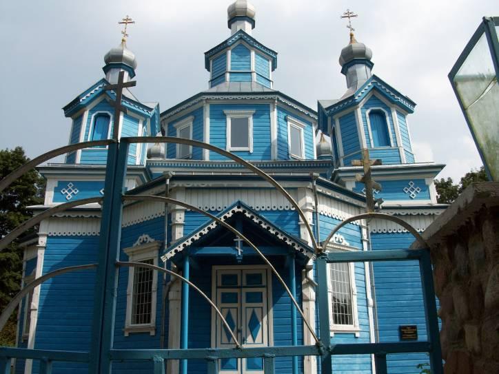 - Cerkiew Opieki Matki Boskiej.