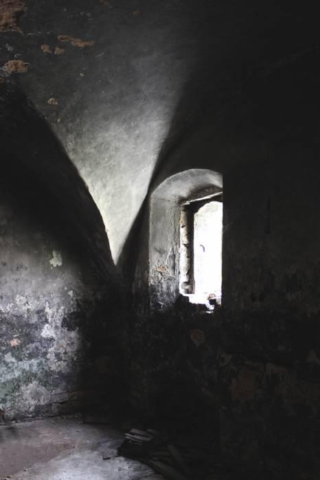 - Сядзібна-паркавы ансамбль Лапацінскіх. цокольный этаж