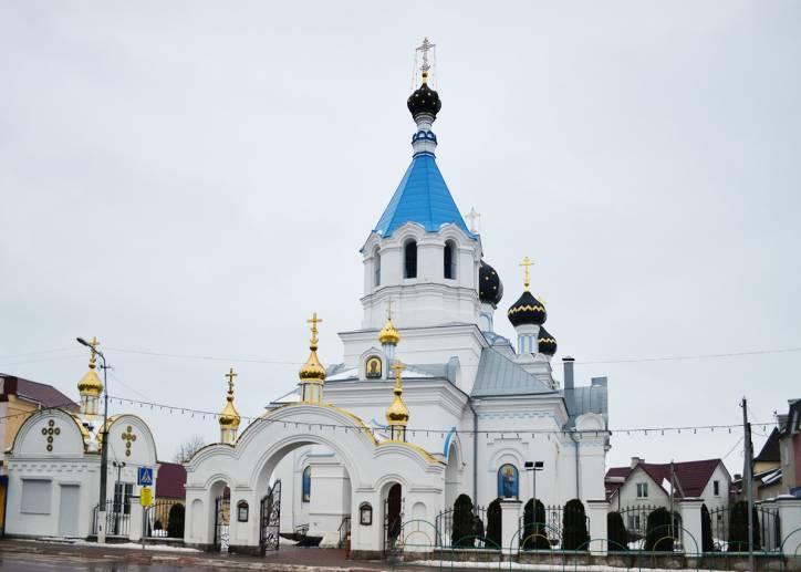 - Церковь Святого Николая Чудотворца.