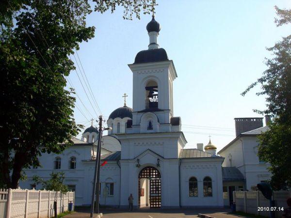 - Монастырь Спасо-Ефросиньевский. Ворота и колокольня