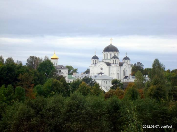 - Монастырь Спасо-Ефросиньевский. Вид на монастырь с Урочища Пески