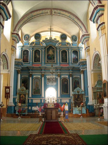 Церковь Покрова Пресвятой Богородицы (город Толочин). Интерьер, иконостас