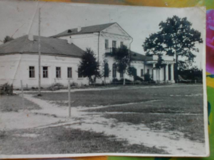- Сядзібна-паркавы ансамбль Грабніцкіх.