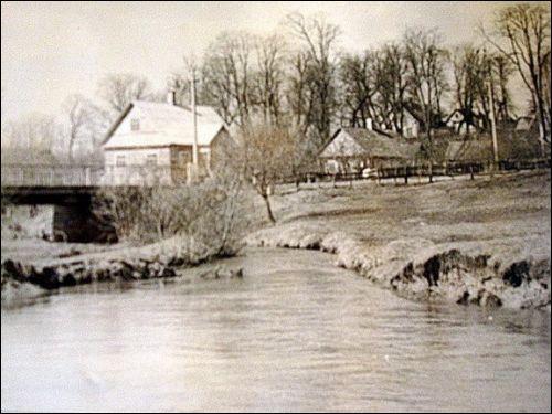 - Местечко на старых фотографиях . Река Дукшта