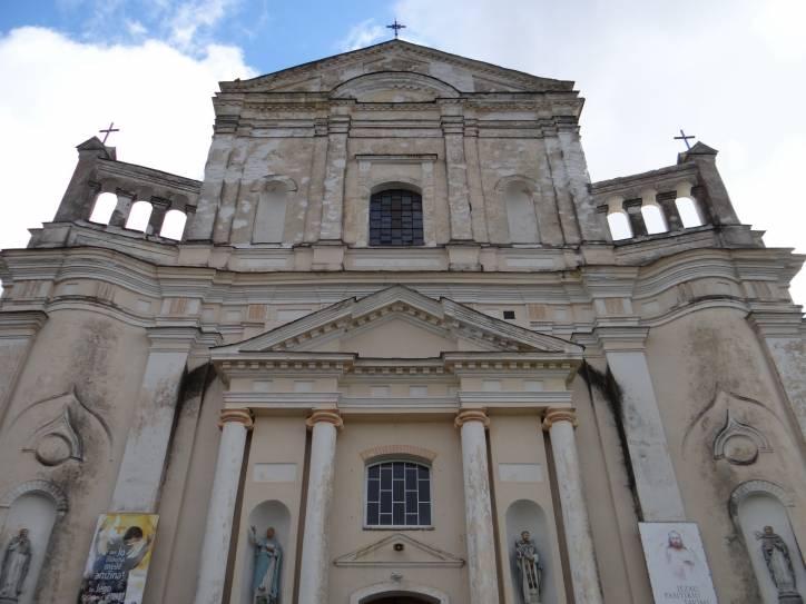 - Kościół Św. Michała Archanioła i klasztor Dominikanów.