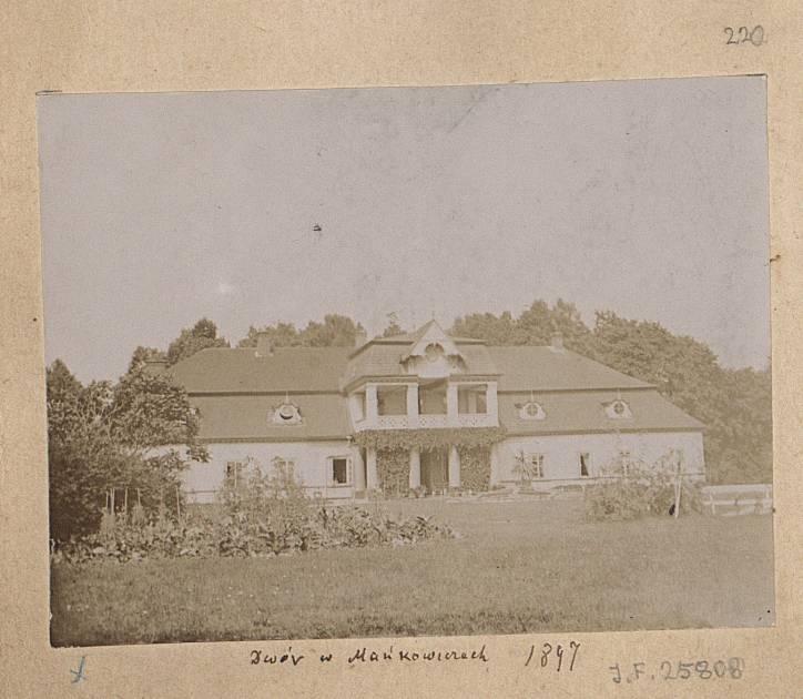 - Manor of Drucki-Lubiecki.