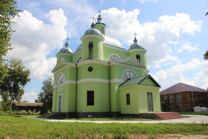 Grinyevo. Orthodox church of the Holy Trinity
