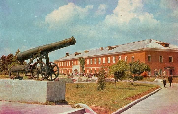 - Fortification Brest.